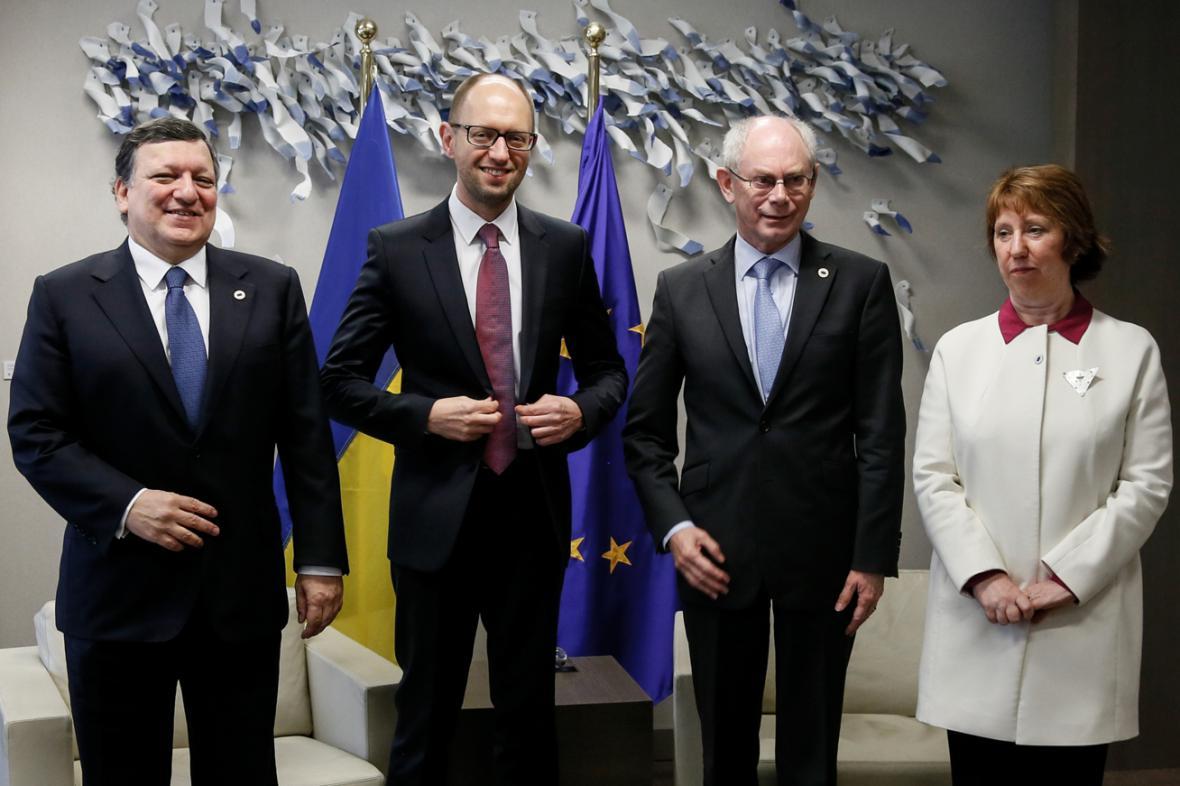 José Manuel Barroso, Arsenij Jaceňuk, Herman Van Rompuy a Catherine Ashtonová