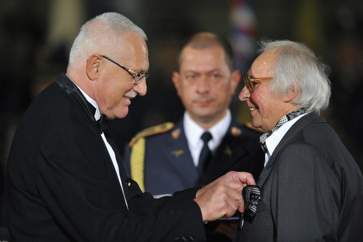 Medaile Za zásluhy pro Jaroslava Šerýcha