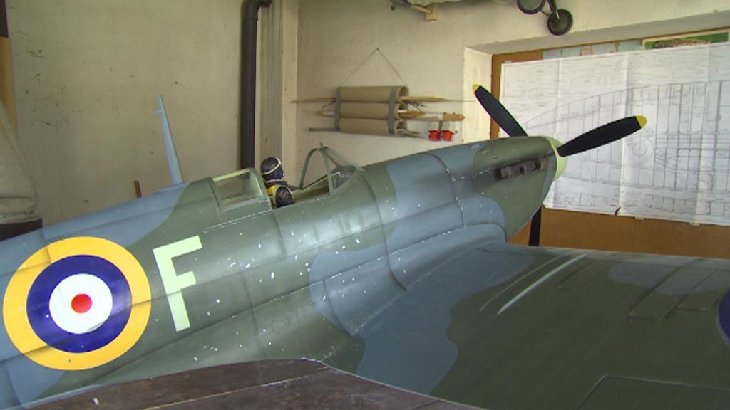 Model válečného letounu Spitfire