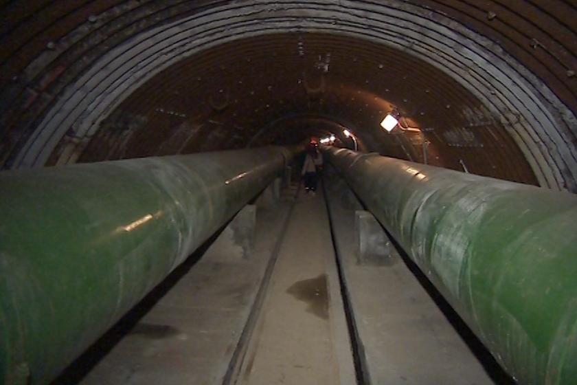Tato chodba leží 40 metrů pod hladinou