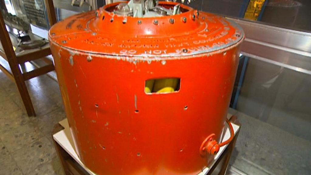 Záchranná signální bóje z ponorky Dakar