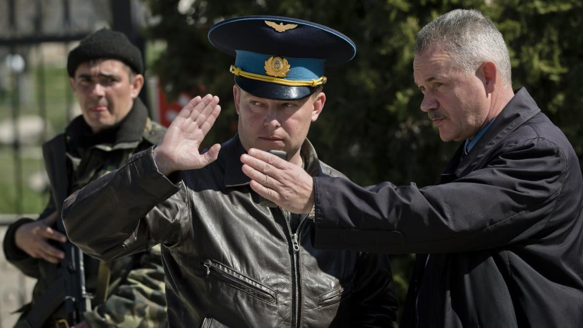 Velitel základny v Belbeku Jurij Mamčur