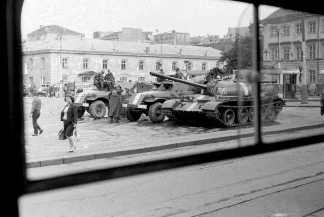 Srpen 1968 na náměstí Republiky