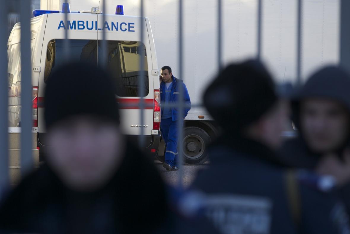 Ozbrojenci napadli ukrajinskou základnu v Simferopolu