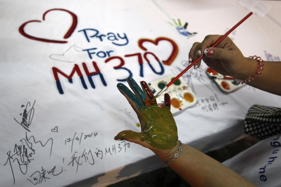 Malajsie se modlí za cestující letu MH 370