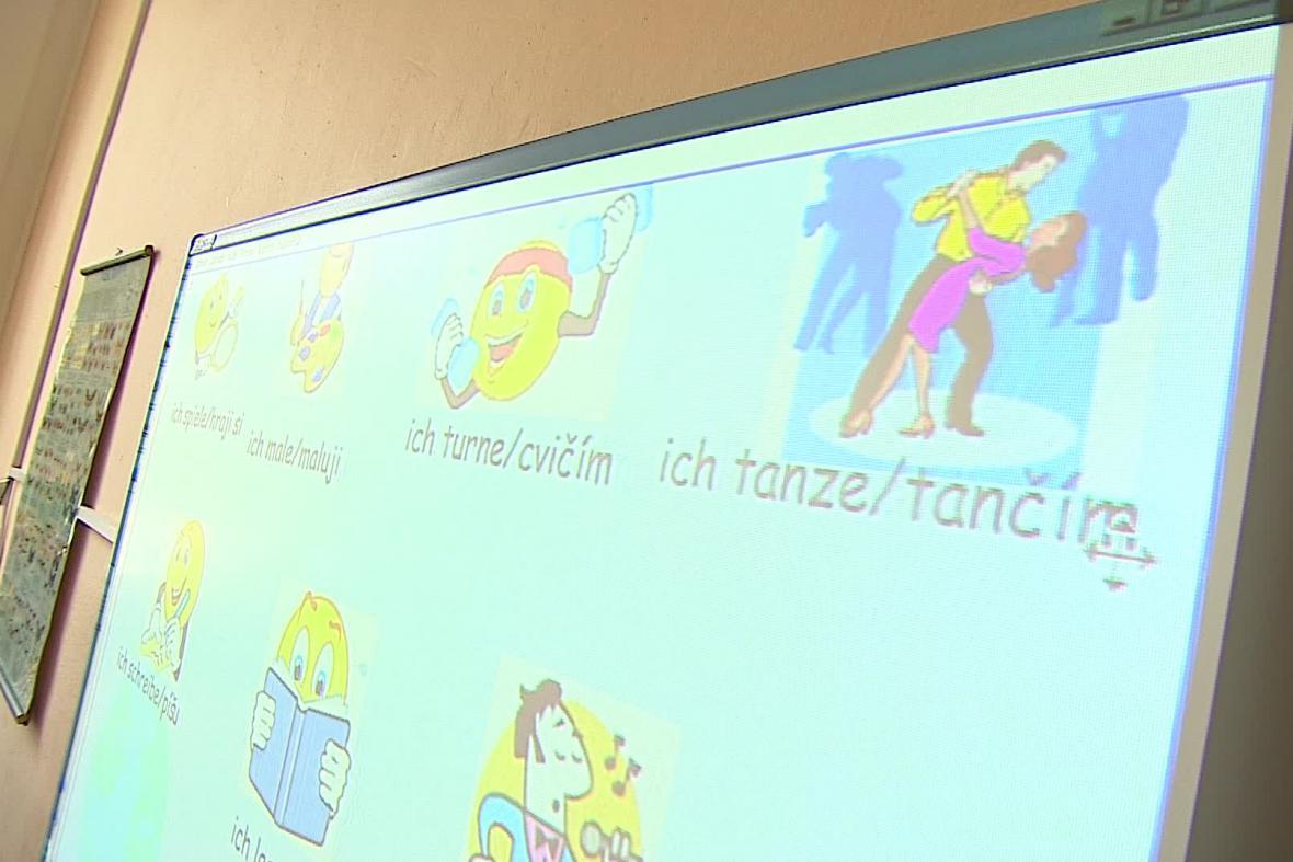 Výuka němčiny a češtiny probíhá souběžně