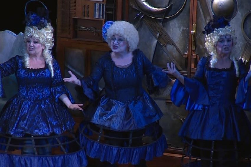 Pro Kouzelnou flétnu jsou v Radosti typické nákladné kostýmy