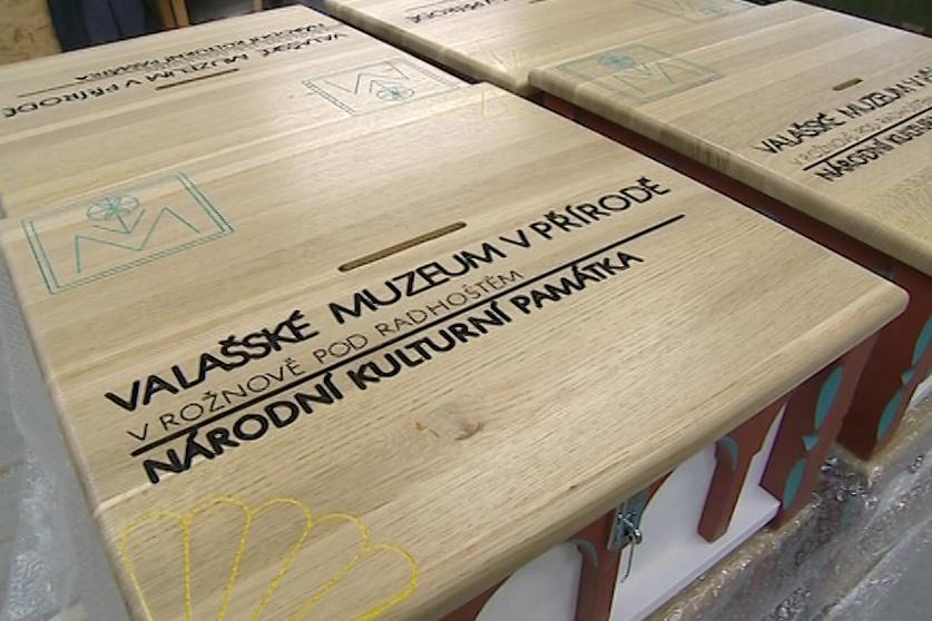 Sbírková pokladnička na obnovu Libušína