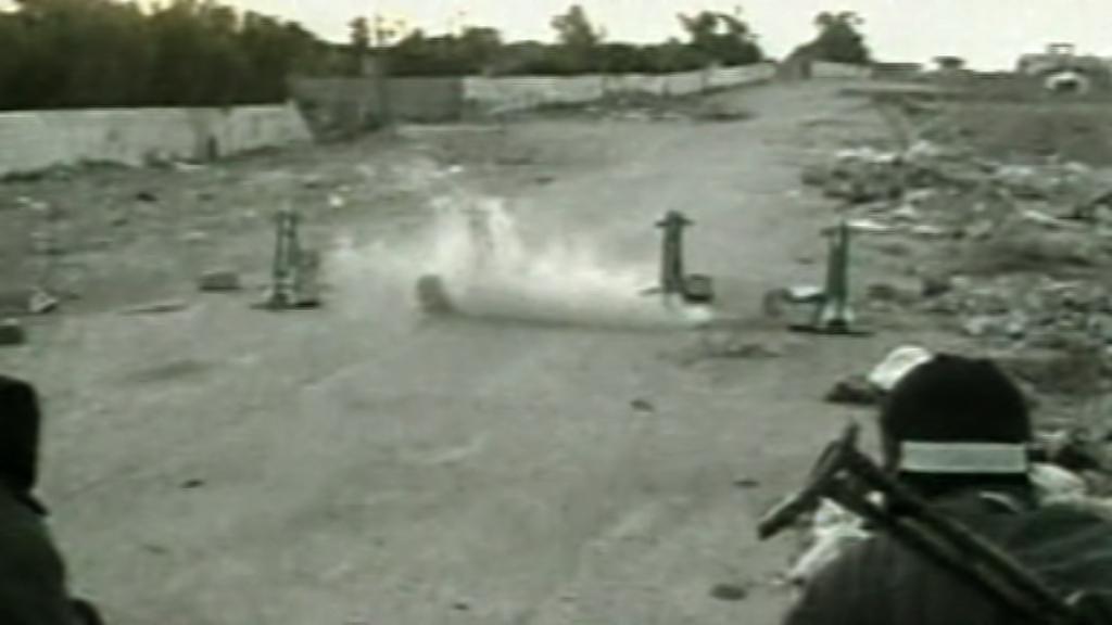 Palestinští radikálové odpalují rakety na Izrael