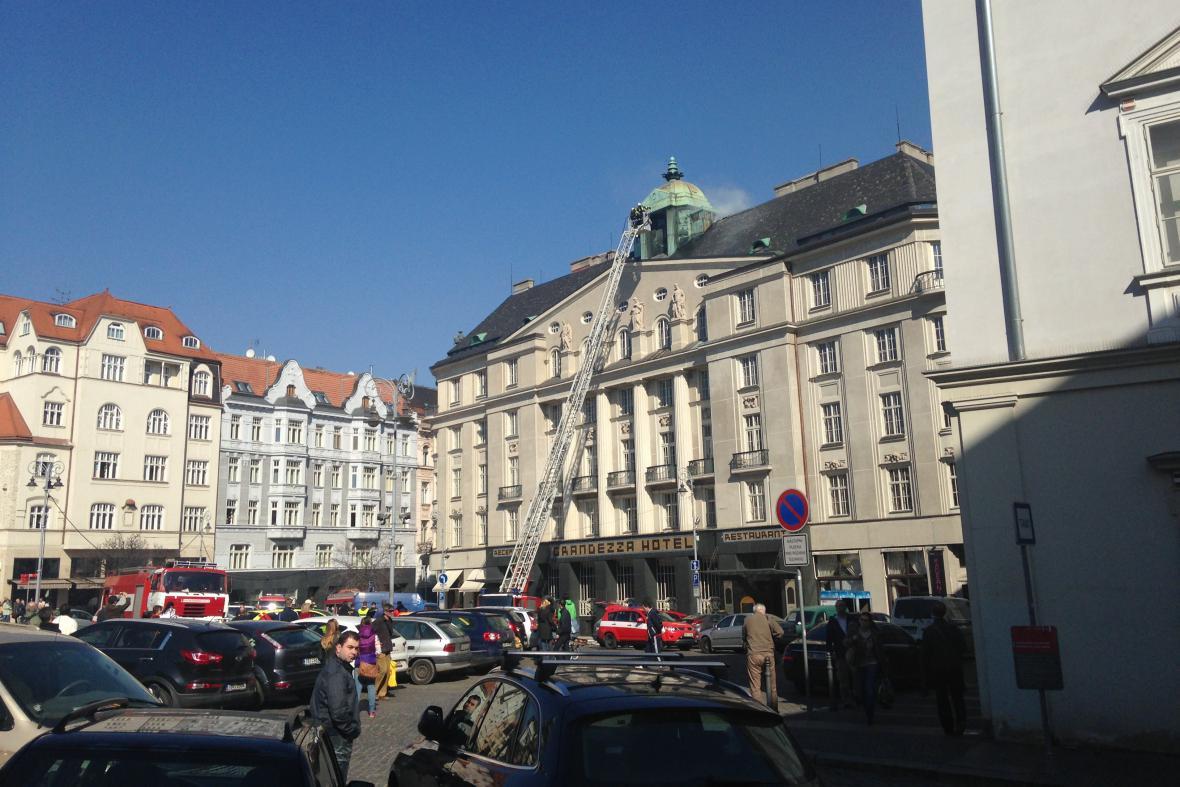Požár hotelu v centru Brna