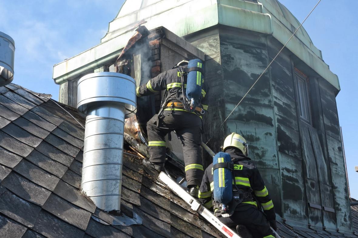 Požár hotelu na Zelném trhu