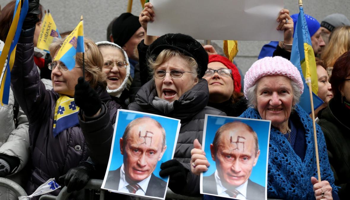 Krymští Tataři v USA protestují proti odtržení Krymu
