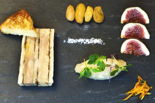 Mramorová terina z kachních foie gras a bažanta z Alcronu