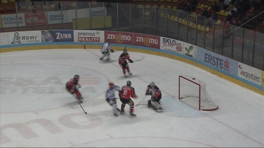 Linz porazil ve třetím čtvrtfinálovém utkání Znojmo 4:3