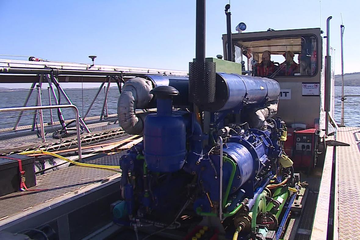 Těžaři použili unikátní podvodní metodu vůbec poprvé