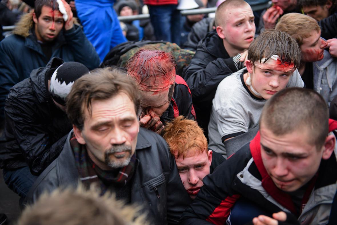 Následky střetu dvou ukrajinských táborů v Charkově