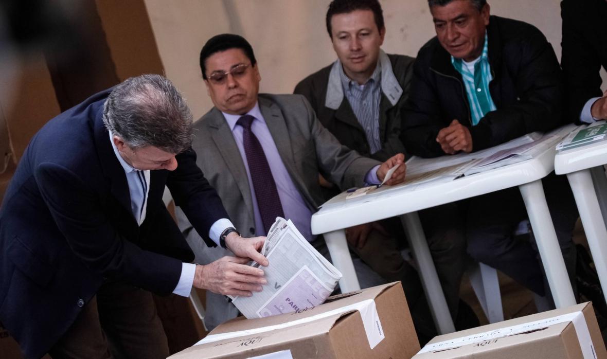 Juan Manuel Santos při parlamentních volbách
