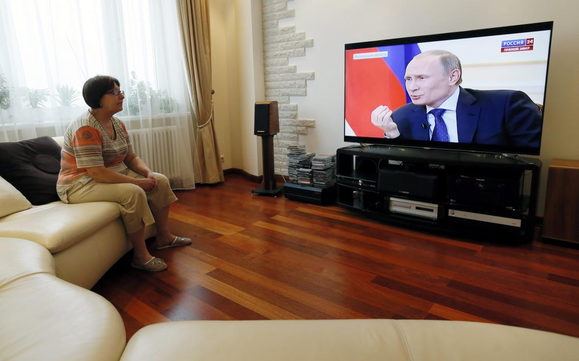 Ruská televize vysílá tiskovou konferenci Vladimira Putina