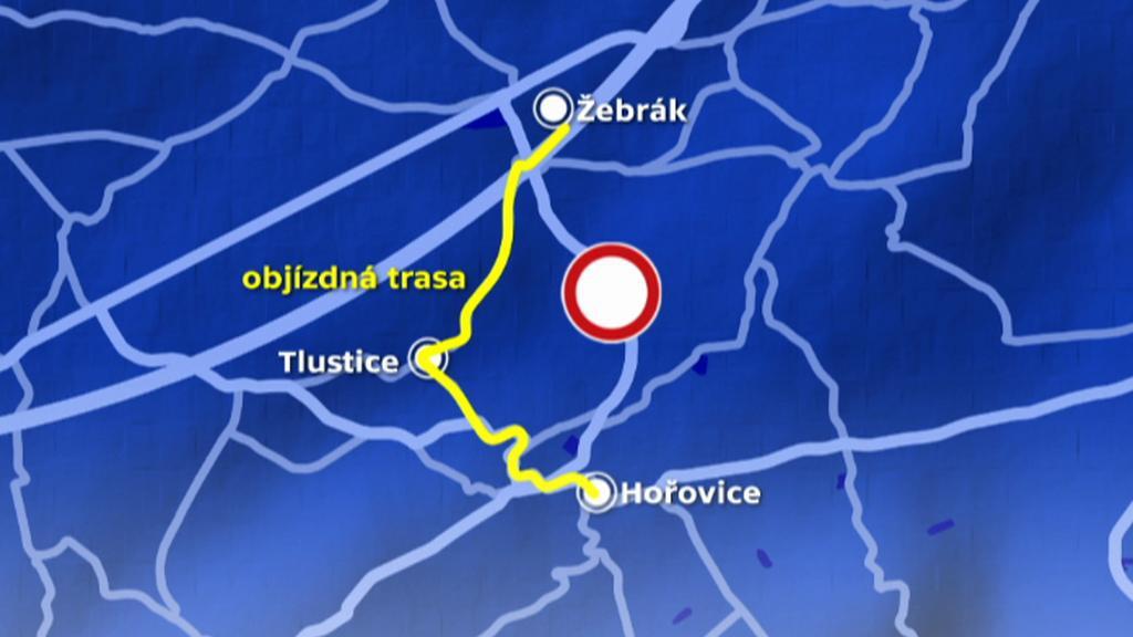 Objížďka přes obec Tlustice na Berounsku