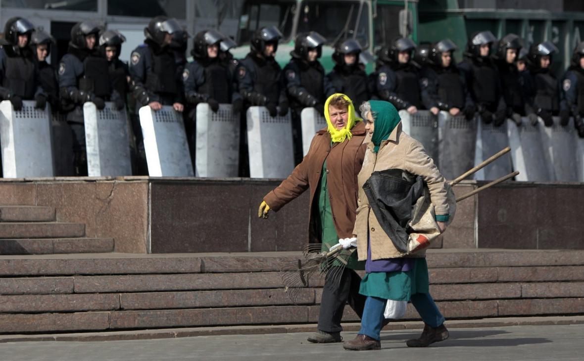Ukrajinská pořádková policie v Doněcku