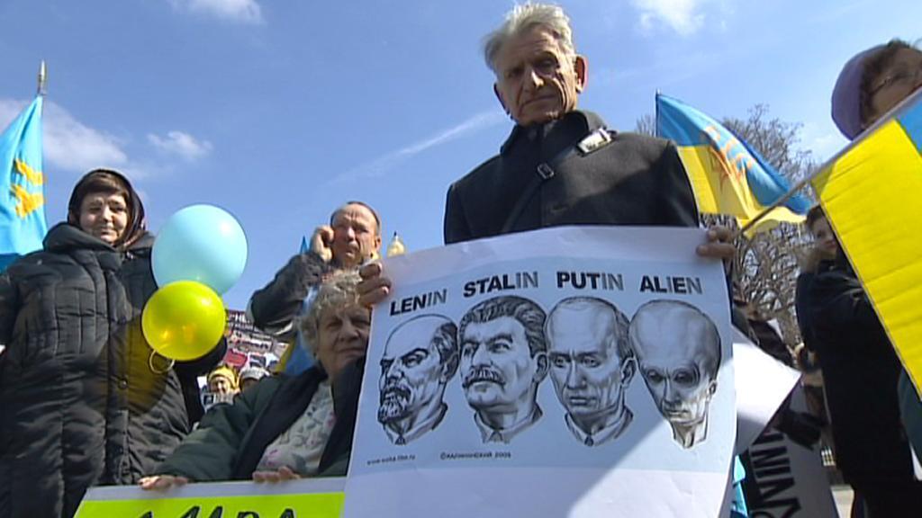 Demonstrace Ukrajinců před Bílým domem
