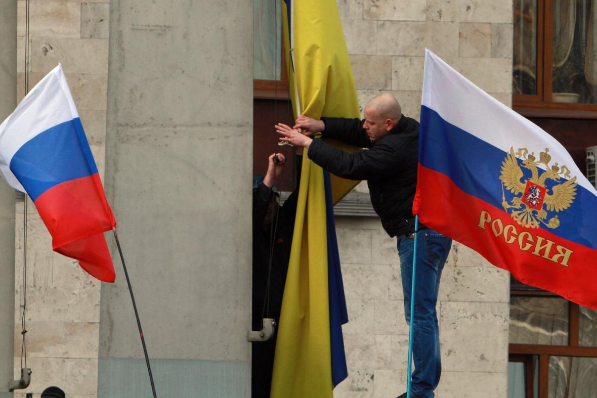 Proruští aktivisté v Doněcku