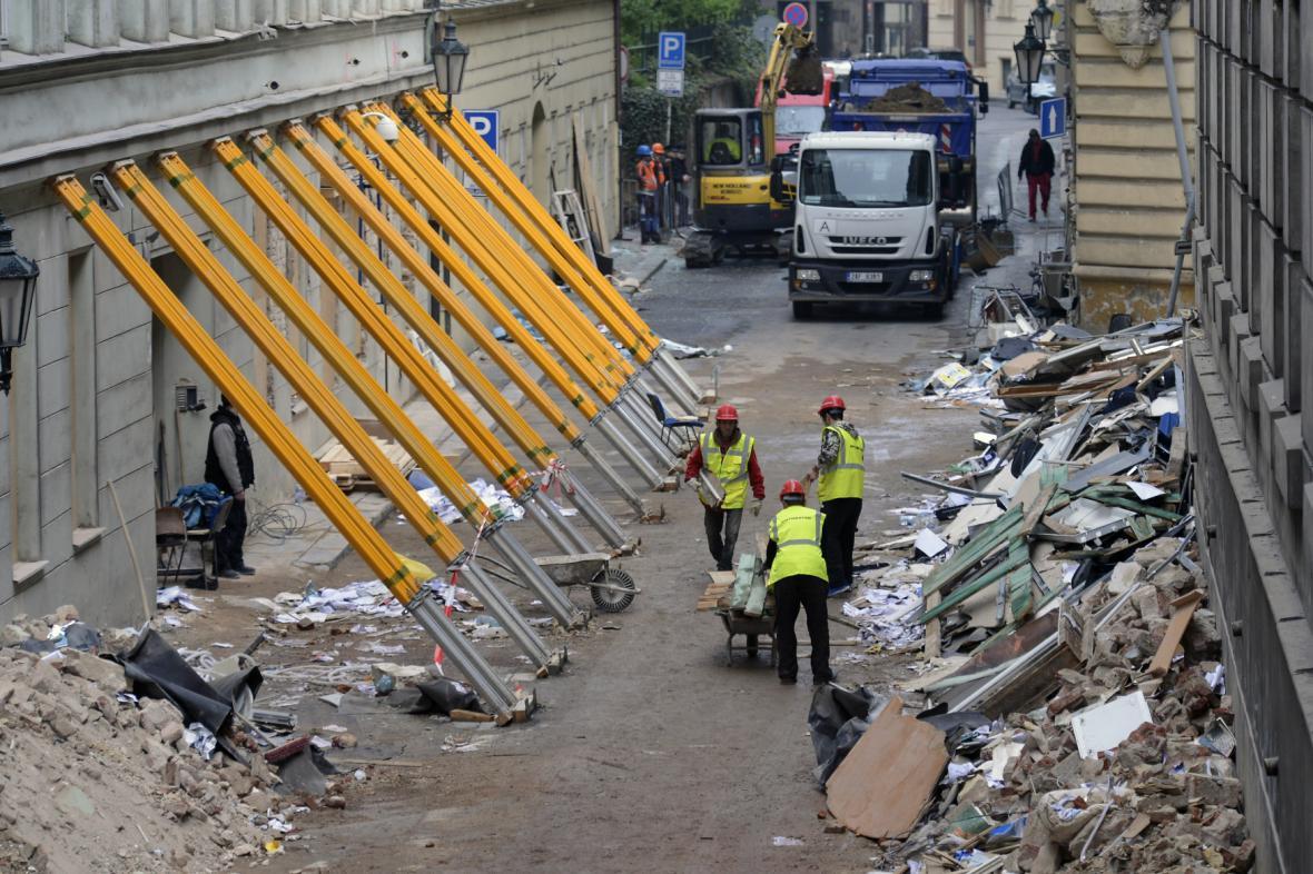 Exploze plynu v Divadelní ulici v Praze