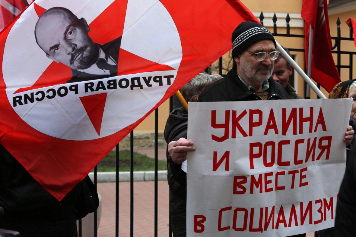 Proruská demonstrace v Petrohradě