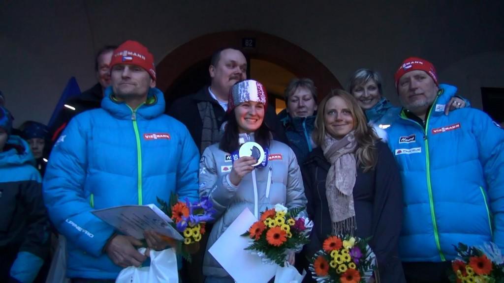 Veronika Vítková se vítá s fanoušky v Jilemnici