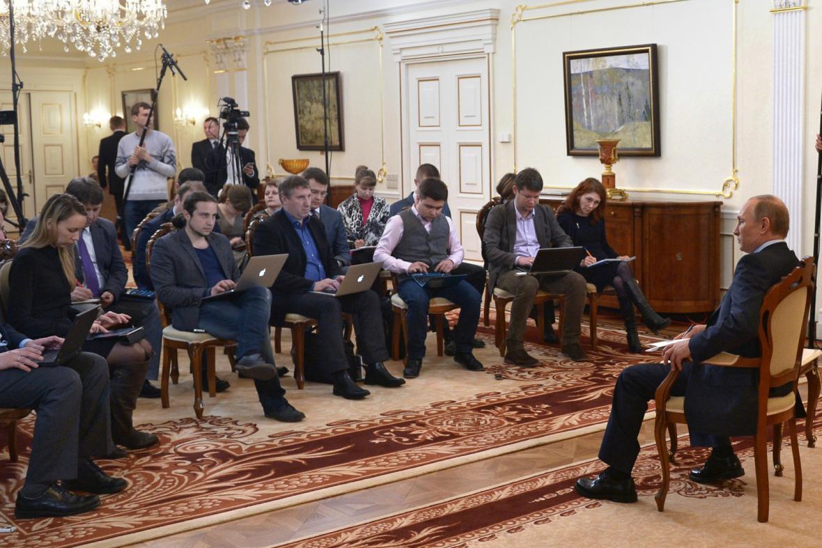 Vladimir Putin se k situaci na Ukrajině vyjádřil na brífinku