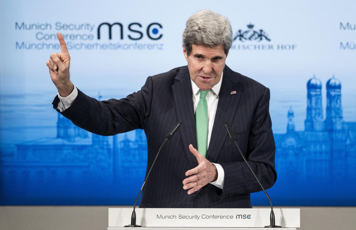Americký ministr zahraničí John Kerry na bezpečnostní konferenci v Mnichově