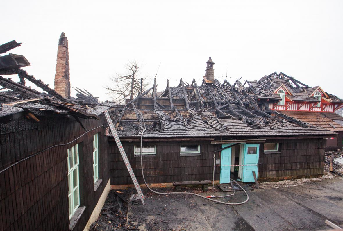 Chata Libušín po požáru