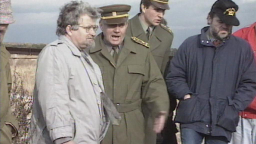 Petr Pithart na návštěvě Milovic v roce 1991