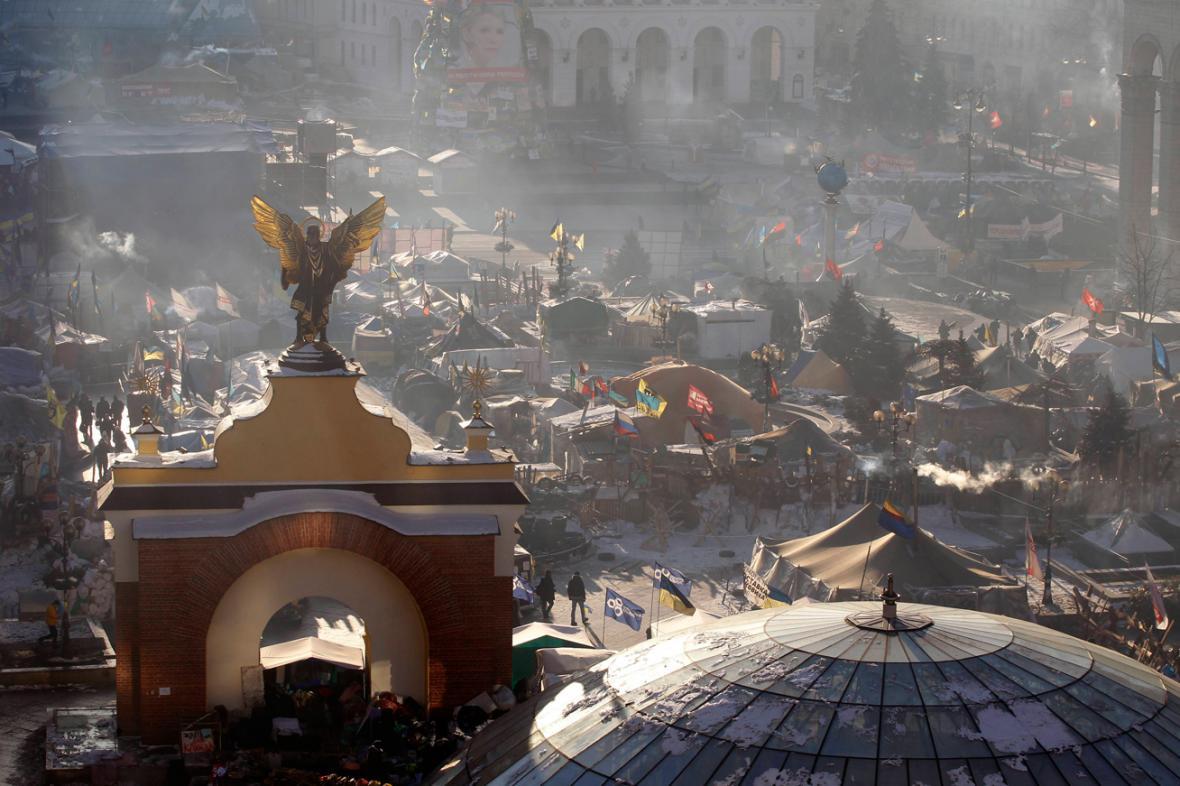 Demonstranti na Majdanu