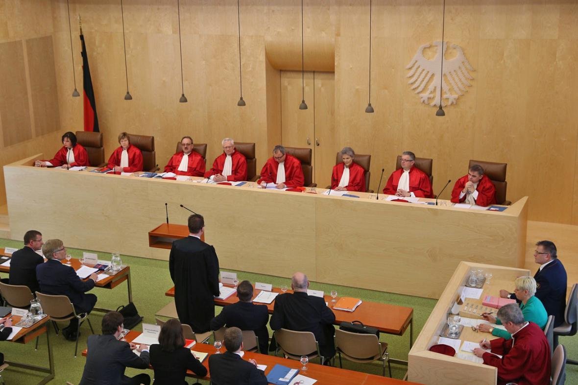 Ústavní soud v Karlsruhe řeší kauzu prezidenta Gaucka