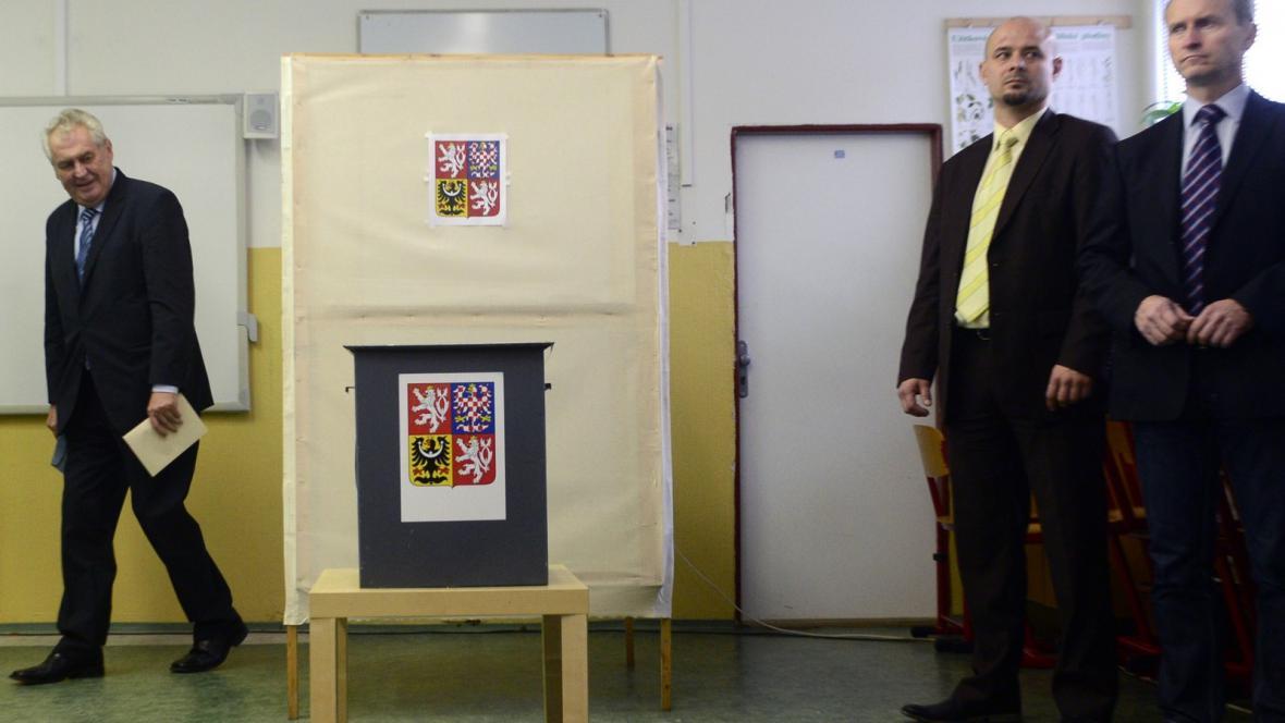 Prezident Zeman při loňských parlamentních volbách