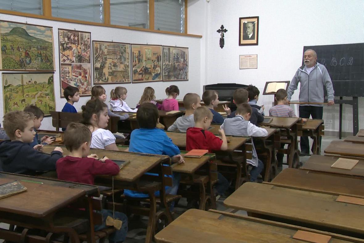 Prvorepubliková třída v břeclavském muzeu