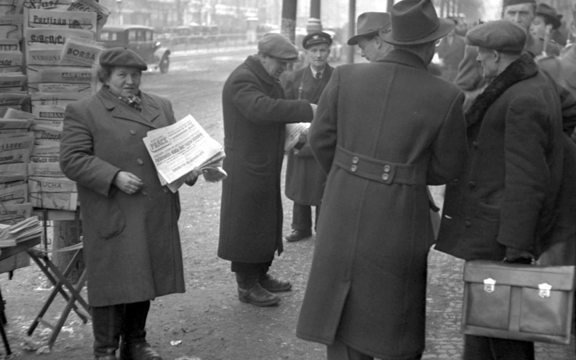 Život v únoru 1948: Prodej tisku