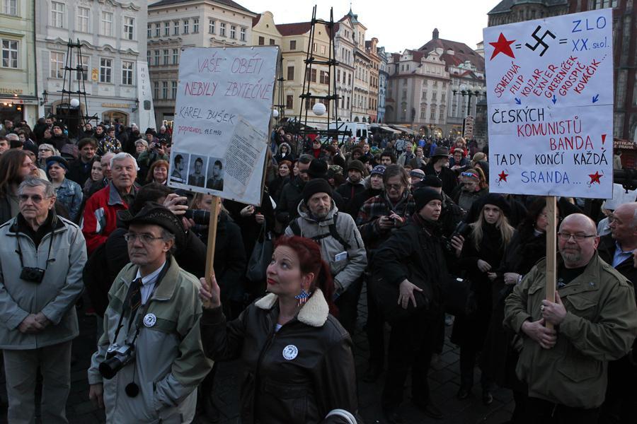 Happening bez-komunistu.cz