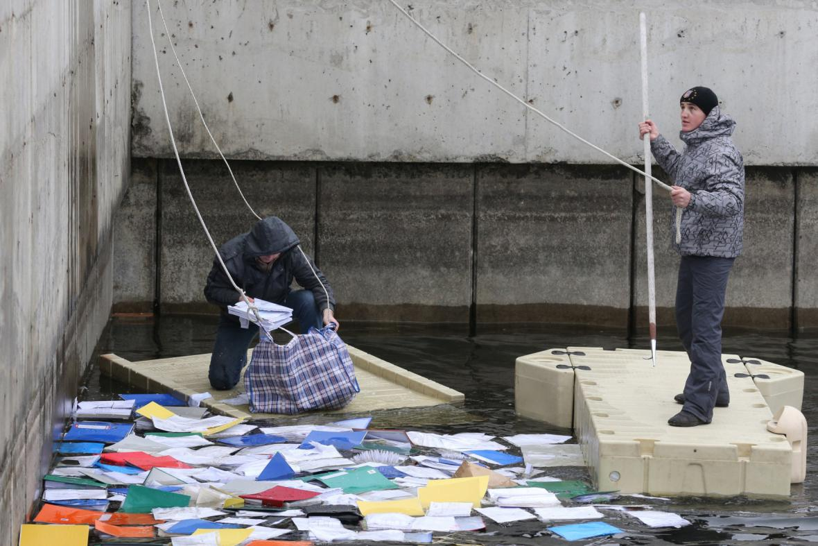 Dokumenty v Janukovyčově rezidenci