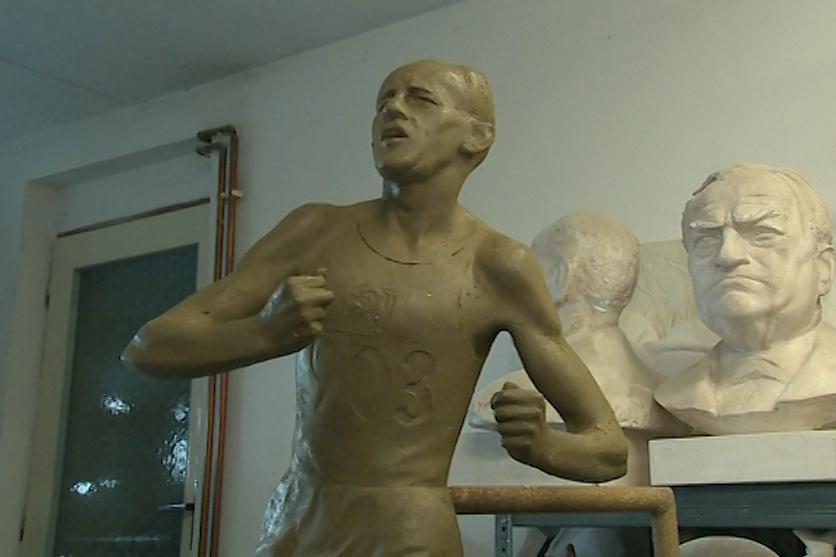 Sochu z bronzu by Zlín mohl získat za rok