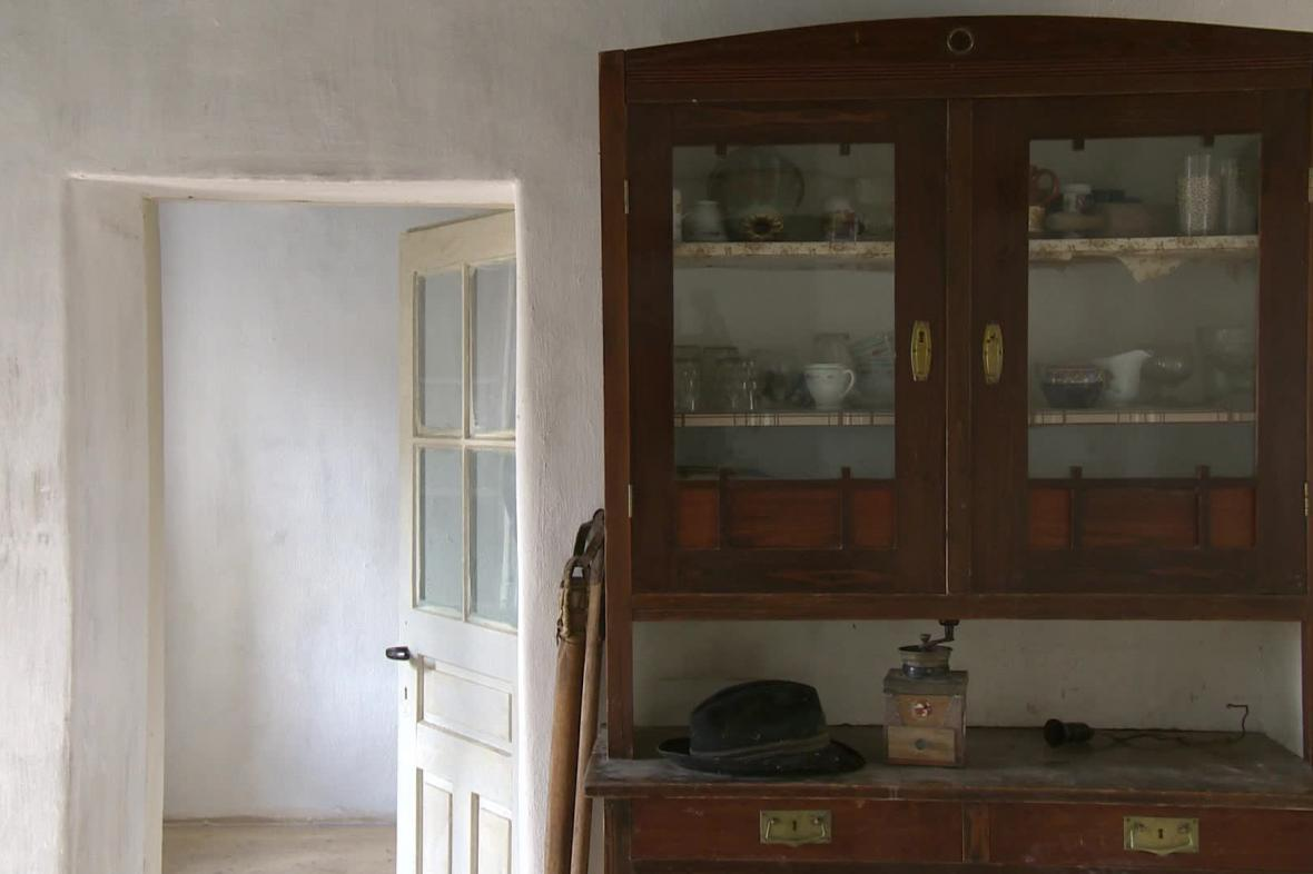 Interiér starého stavení