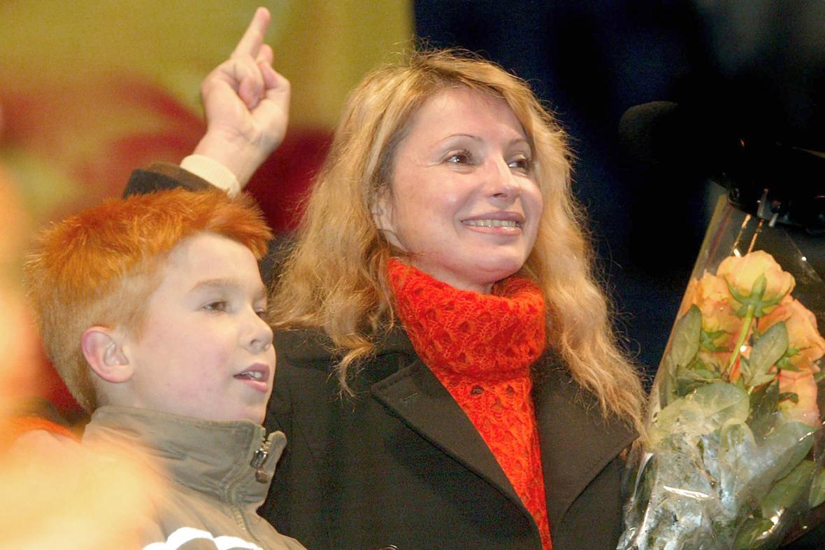 Julija Tymošenková na oslavě svých 44. narozenin v listopadu 2004