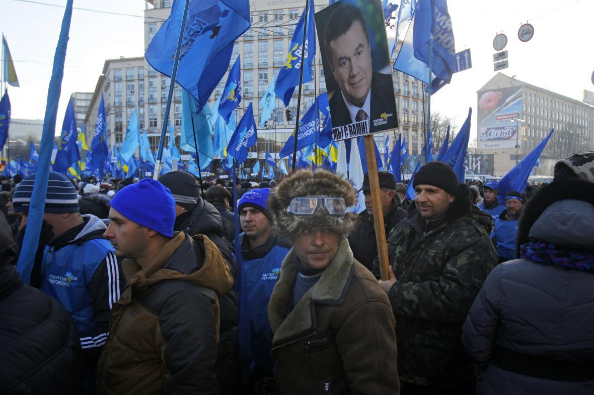 Demonstrace na podporu Viktora Janukovyče