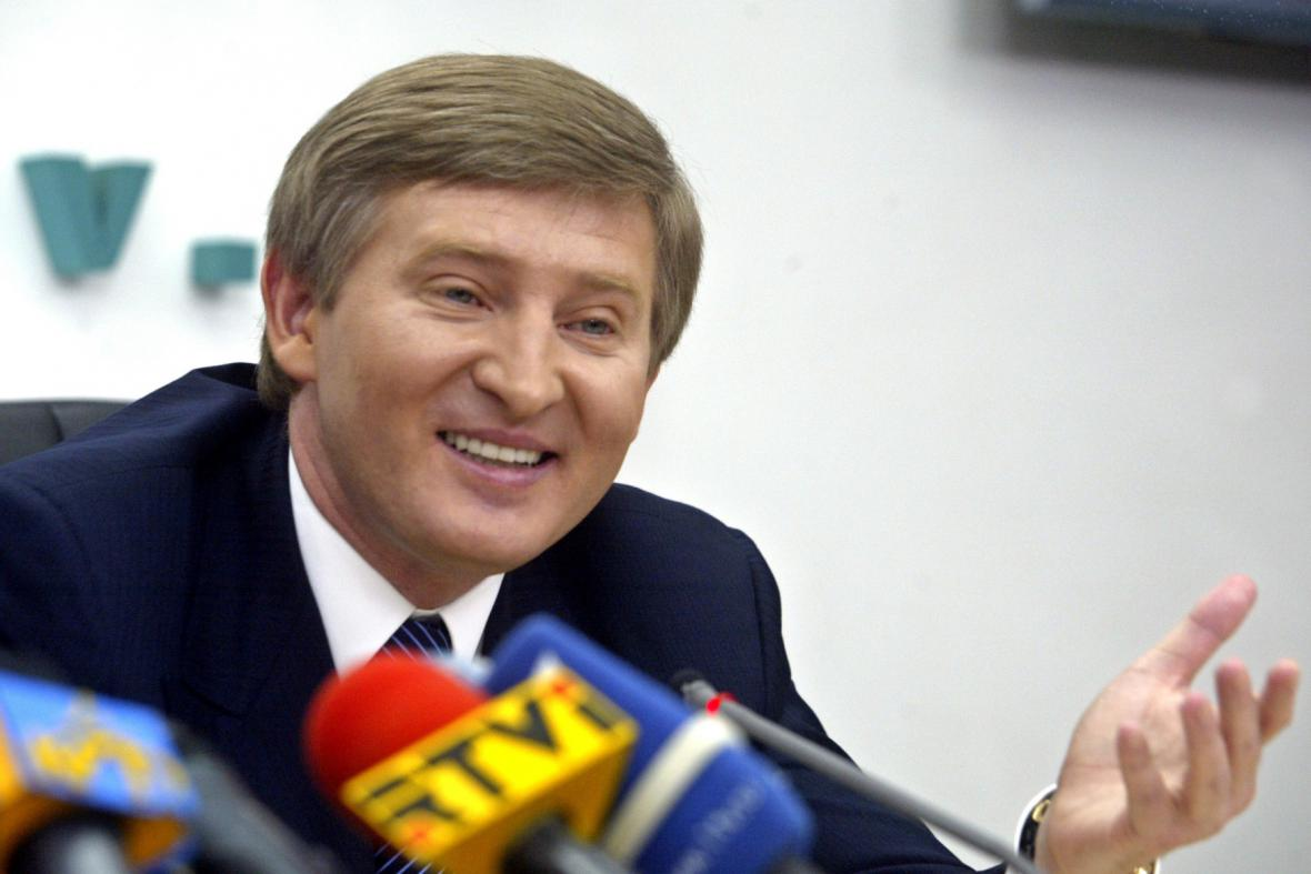 Rinat Achmatov, ukrajinský průmyslový boss