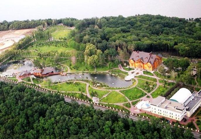 Rezidence prezidenta Janukovyče v Mežyhirje u Kyjeva