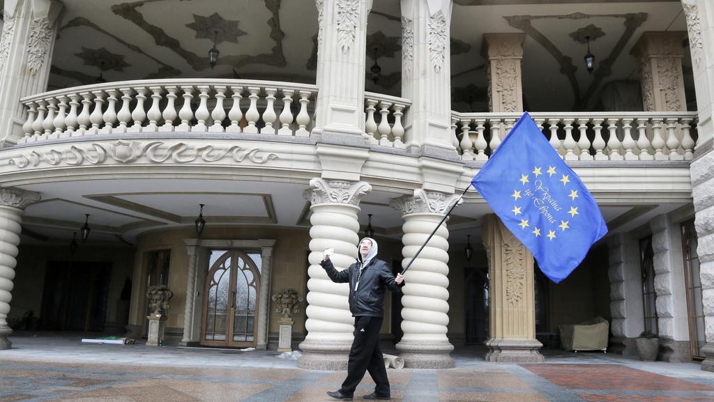 Proevropské symboly zavládly v opuštěné rezidenci Janukovyče
