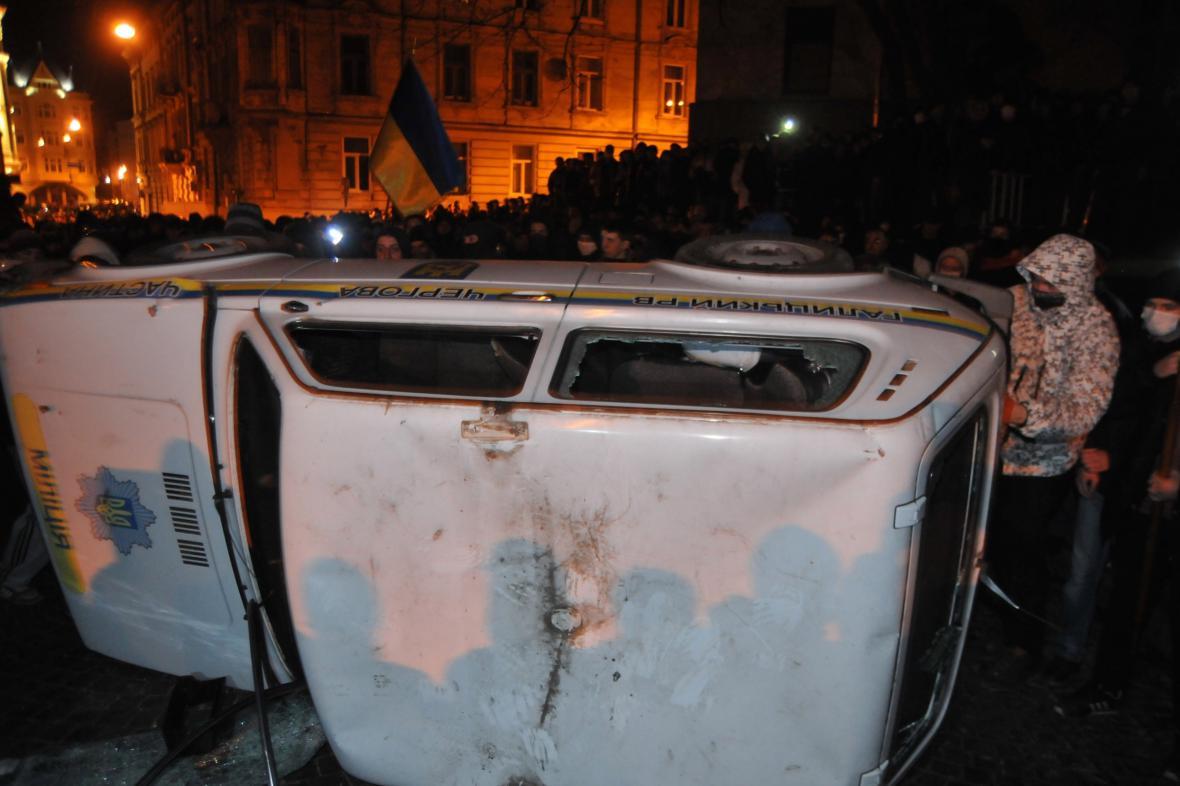 Nepokoje v centru Lvova