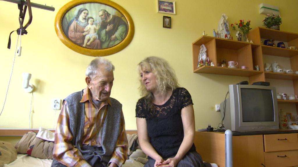 Seniorům pomáhají tzv. vzpomínkové cesty