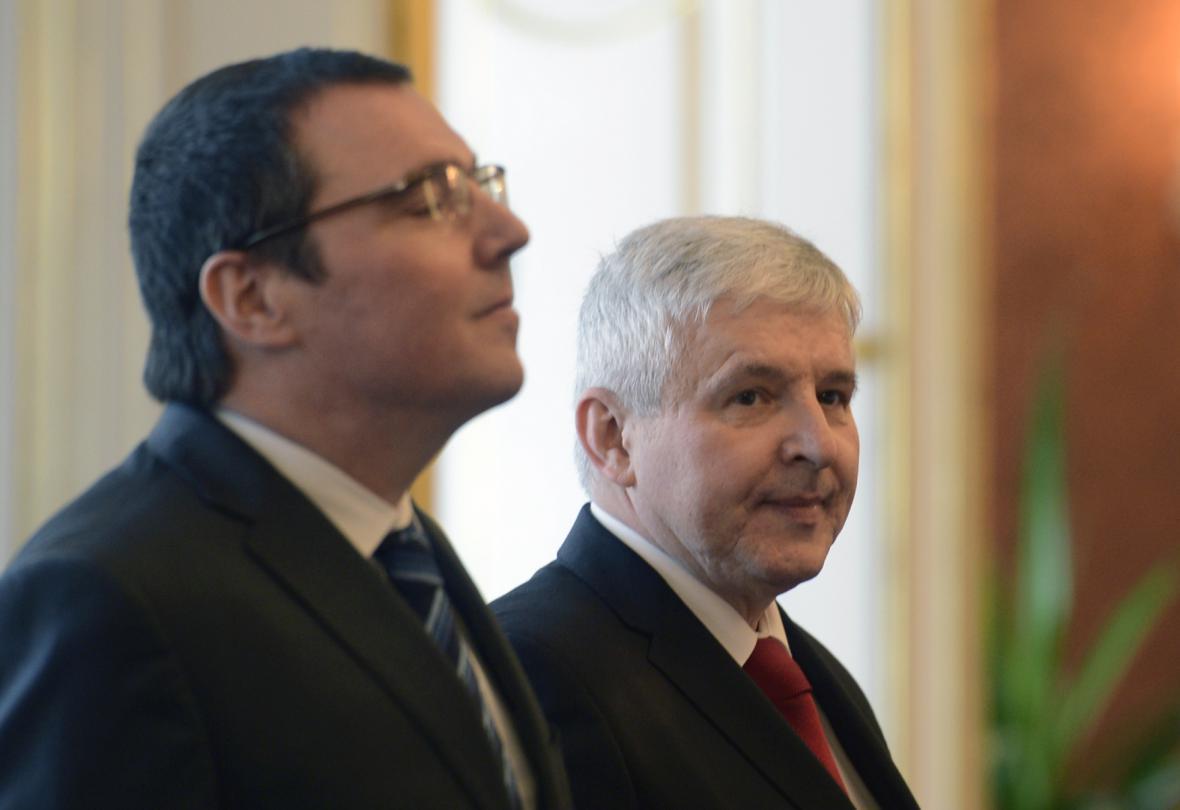 Guvernér ČNB Miroslav Singer (vlevo) a Jiří Rusnok